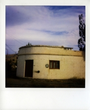 http://photo.mollywoodward.com/files/gimgs/th-54_25_mollywoodwardpolaroids038.jpg