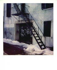 http://photo.mollywoodward.com/files/gimgs/th-54_25_mollywoodwardpolaroids042.jpg