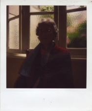 http://photo.mollywoodward.com/files/gimgs/th-54_25_mollywoodwardpolaroids090.jpg