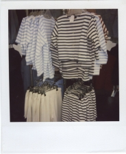 http://photo.mollywoodward.com/files/gimgs/th-54_25_mollywoodwardpolaroids094.jpg