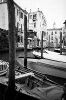 http://photo.mollywoodward.com/files/gimgs/th-73_MollyWoodward_35mm_Venice_022.jpg