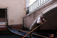 http://photo.mollywoodward.com/files/gimgs/th-91_Molly Woodward Photos Venice Italy_008.jpg