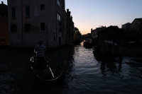 http://photo.mollywoodward.com/files/gimgs/th-91_Molly Woodward Photos Venice Italy_058.jpg