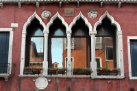 http://photo.mollywoodward.com/files/gimgs/th-91_Molly Woodward Photos Venice Italy_068.jpg